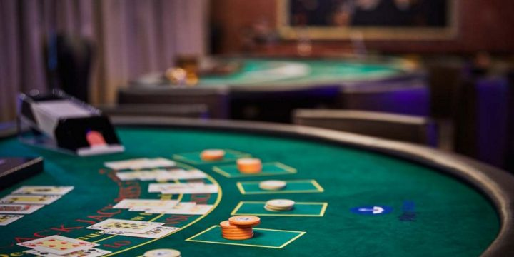 Apply These Ten Techniques To Enhance Casino